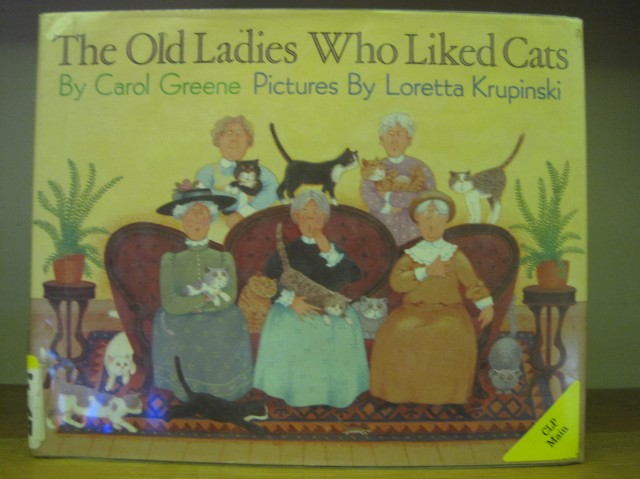 old-ladies-who-liked-cats-001